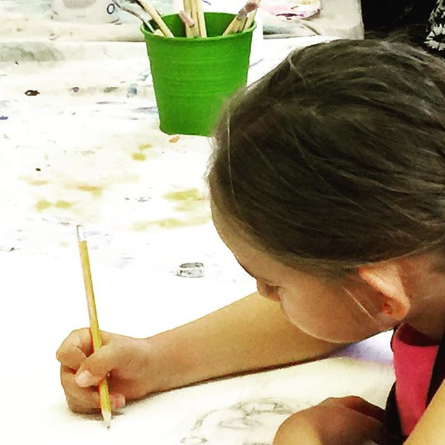 Concentrating on idea for a large painting of THREE dogs.  #doodlebugmarin #doodlebug #painting #drawing #camp #kids #art #sananselmorecreation #marin