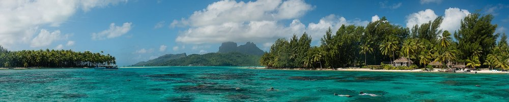 Gorgeous Panoramic Picture of Bora Bora taken by Herve