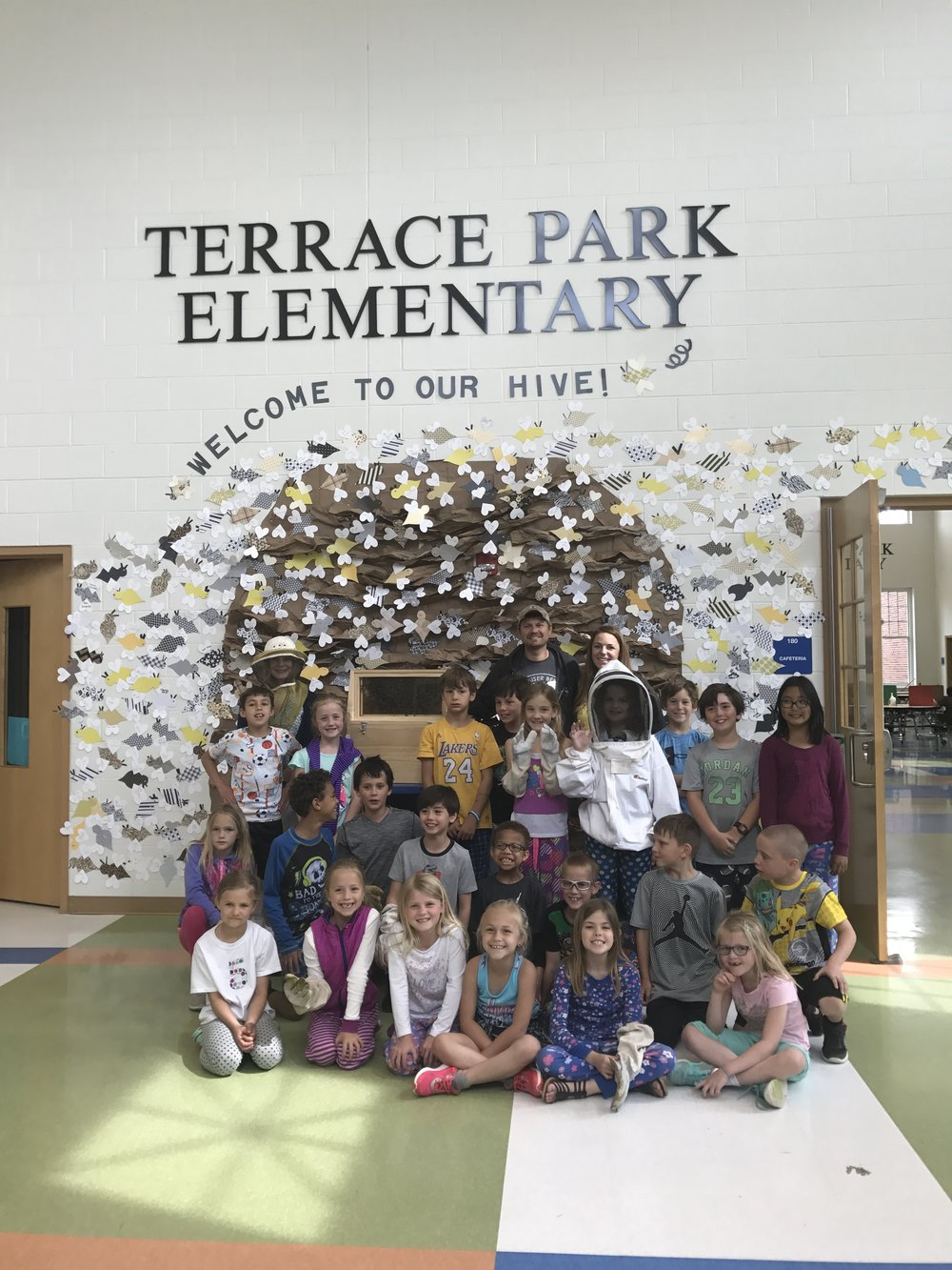 Terrace Park Elementary School Cincinnati Ohio Host A Hive Gaiser Bee Co.