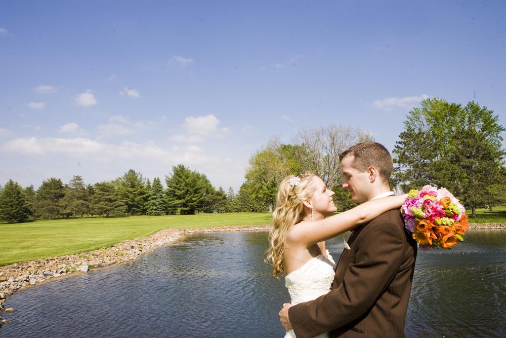 WEDDING.LAKE HCC.jpg