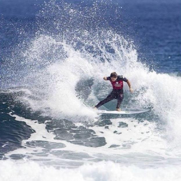Margaret River surfing.jpg