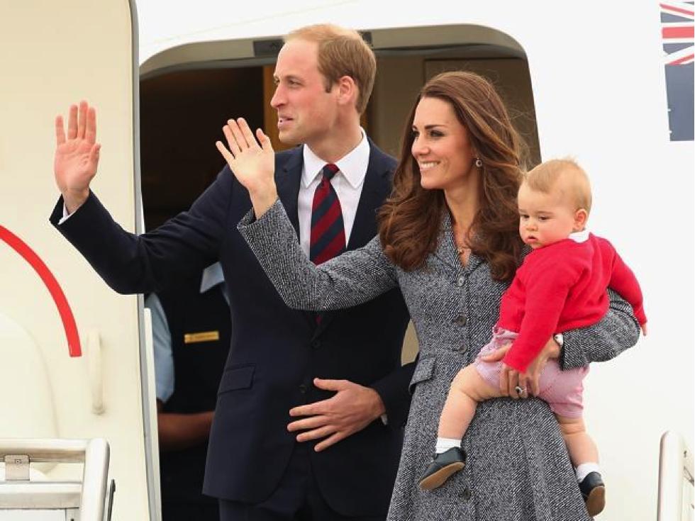 Royals depart.png