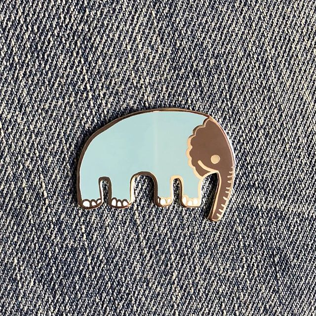 Big ol' elephanty looking pin. Well kinda big ;) 🐘🙂😀😄😆😊 (link in profile OR thatsgoodpaper.etsy.com) . . . . . #thatsgoodpaper #enamelpin #pingame #pingamestrong #pin #lapelpin #pins #pinstagram #enamelpins #lapelpins #pincollection #pinsofig #pincollector #hatpin #flair #patchgame #pincommunity #pinclub #pinsofinstagram #digitalartist #minimalart #artiscool #artistsharing #showyourwork #shopsmall #smallbusiness #california #elephant #design