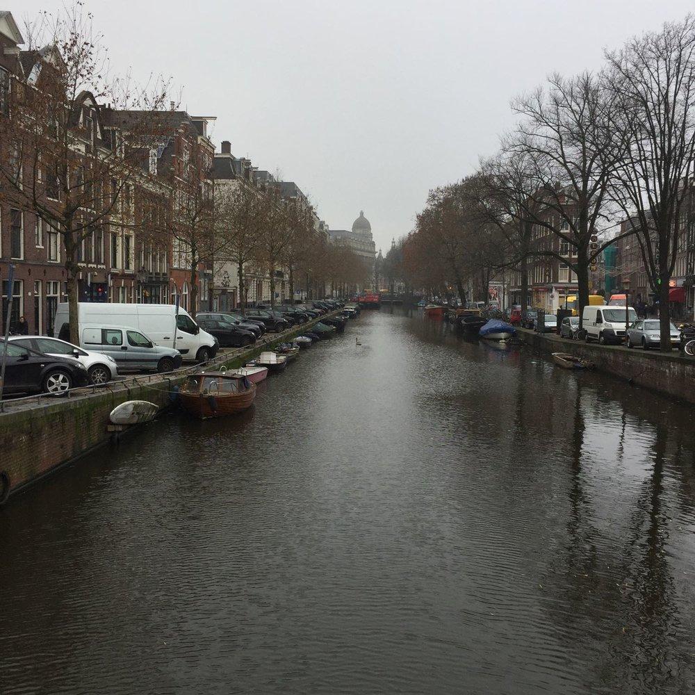 Amsterdam-canal-2.jpg