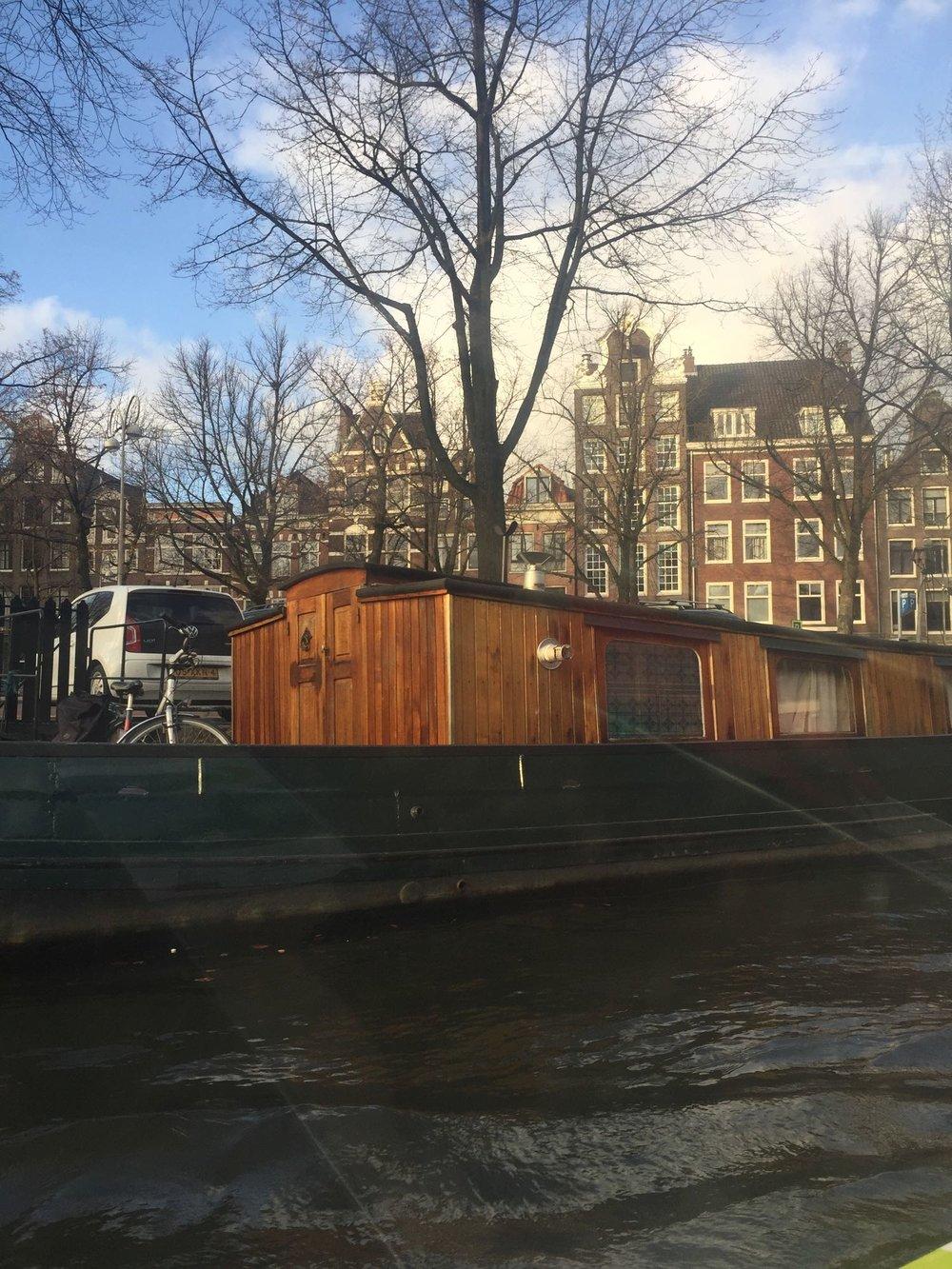 Amsterdam-canal-tour.jpg
