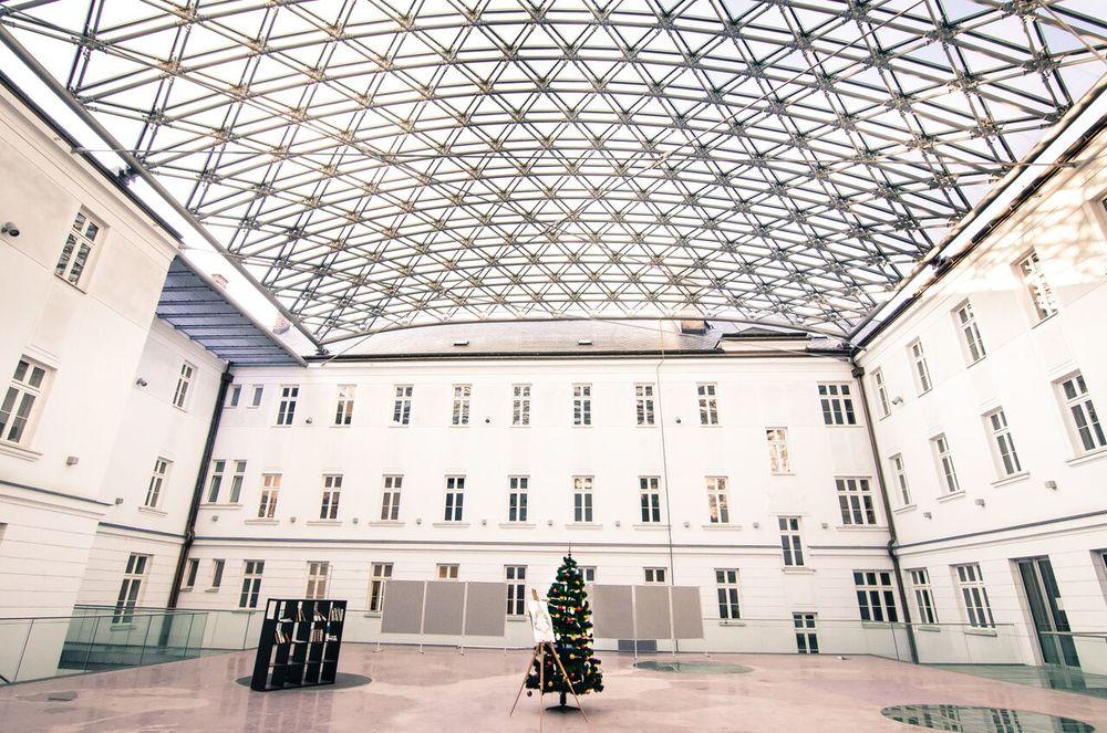 Átrium FiF UK, december 2015, ©Alena Kluknavská