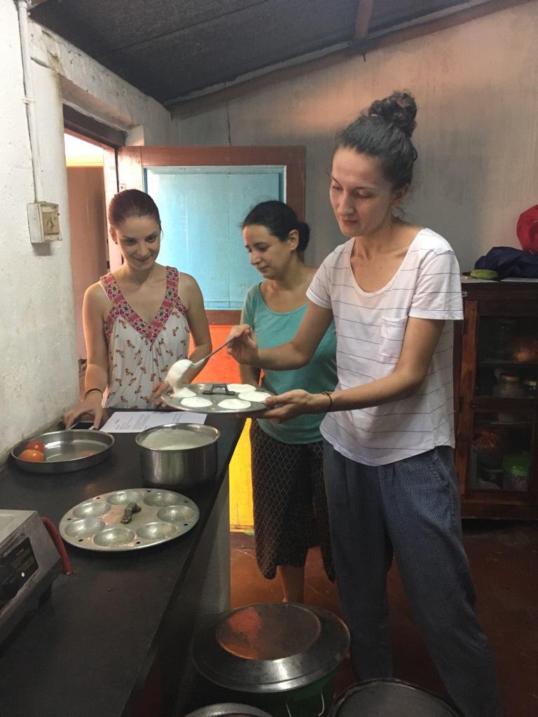 Desigur că am învățat câte ceva din secretele bucătăriei sud - indiene: idly & dosa  #yammyam