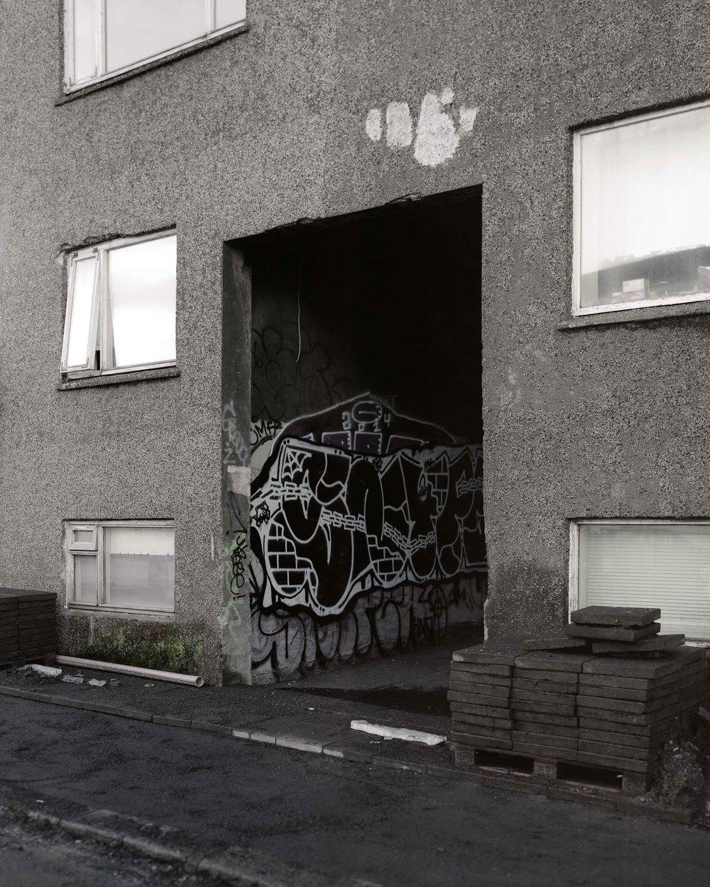 Grettisgata Alleyway, Reykjavik.jpg