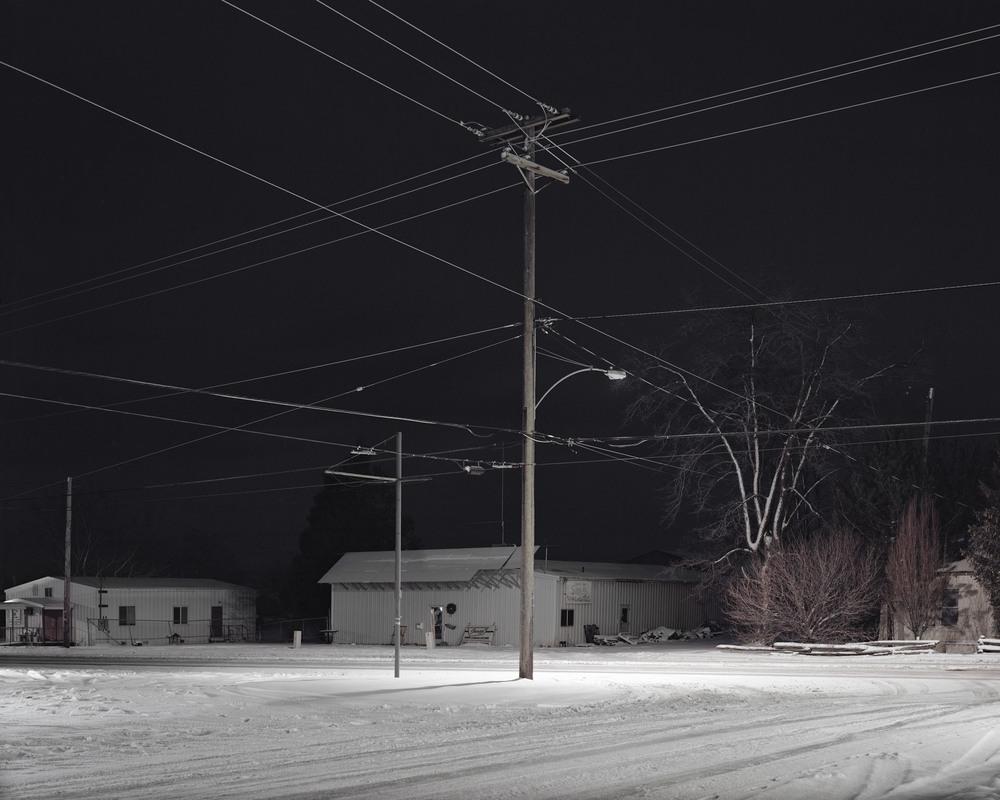 Crossroad at night, Oregon