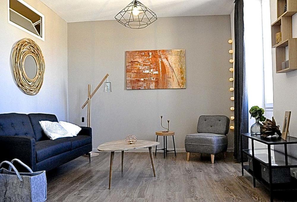 Investissement Locatif Région Parisienne Studio transformé en 2 pièces Budget : 107'000€ Rentabilité 8,7%