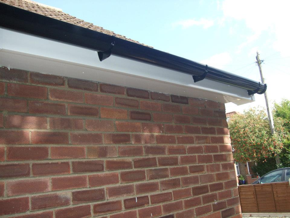 Guttering Services Canary Guttering Services Near Me