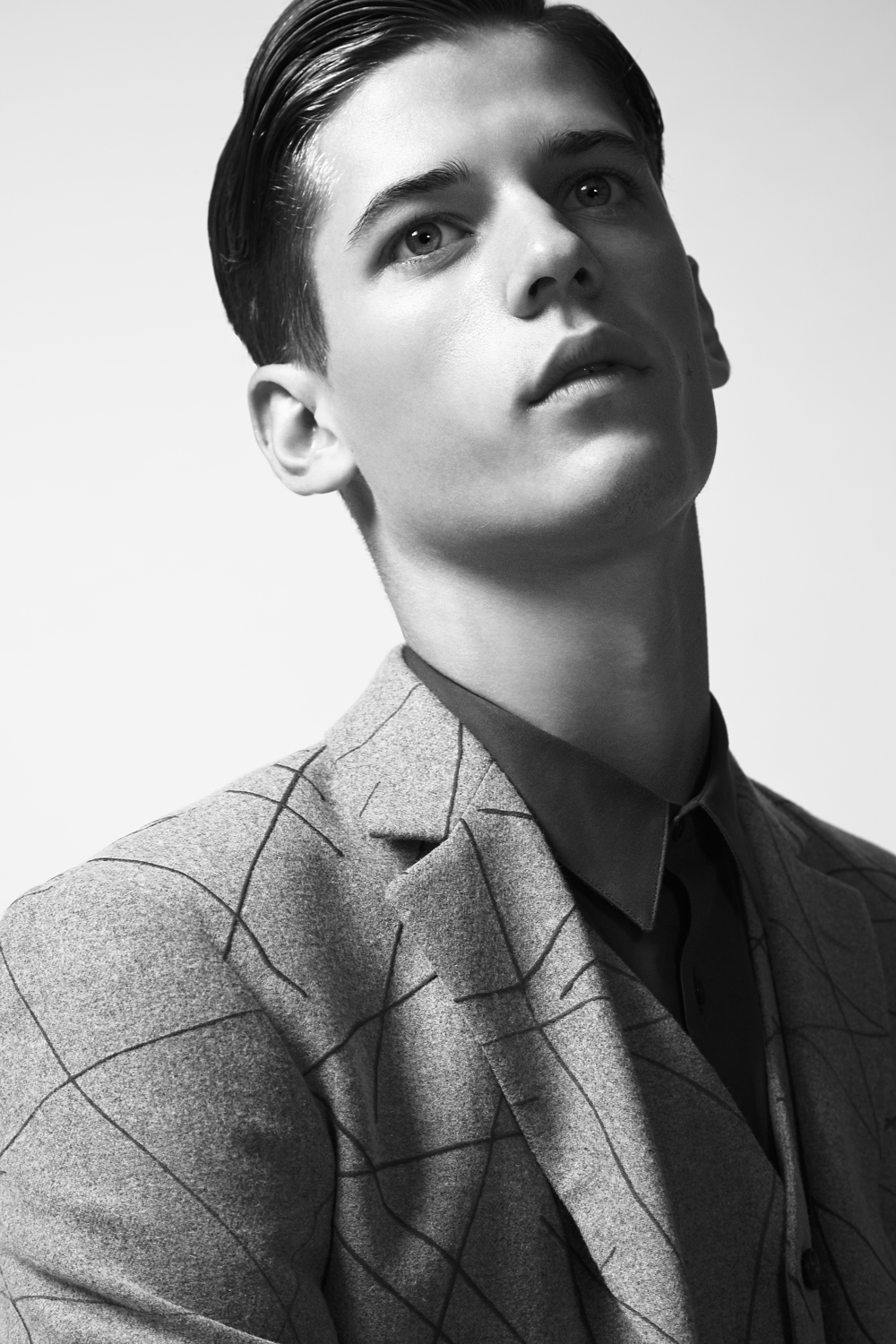 """Nate Hill  from  New York Models     HEIGHT: 6'2"""" 