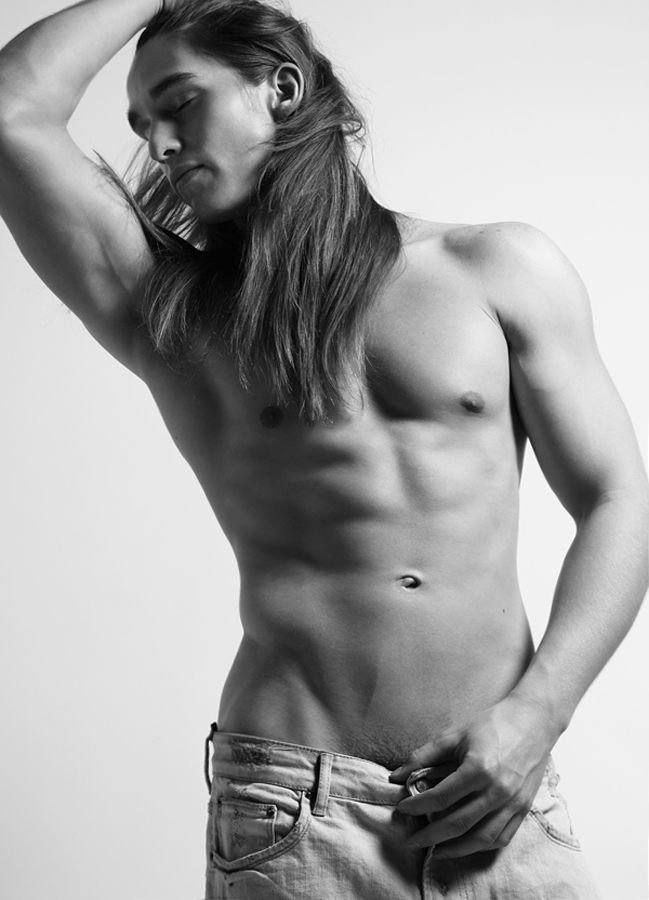 "Paul Corona   from   New York Models     HEIGHT: 6'1"" | WAIST: 32 | SHOE: 12 | HAIR: BROWN | EYES: BROWN   Photo by   Dustin Mansyur   &   Marc Sifuentes   . Paul wears denim shorts by   Zara"