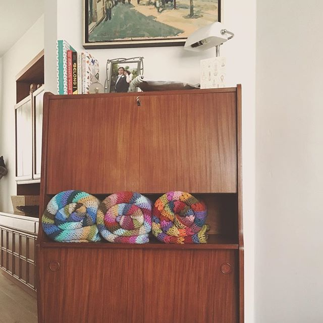 """I find myself both motivated and overwhelmed by the decluttering craziness at the moment. :: I know that I am happier in calm, uncluttered but not clinically minimalist, spaces. And before I put myself on a slow-down the house had definitely lacked for attention. It had become more than I could handle when everything else around me felt chaotic and out of control. :: But the thought of tackling it all at once was too much. So I decided to tackle it in """"corners"""". :: I would focus on making one corner beautiful at a time so that it would motivate me to tackle the next one. :: This isn't an insta-highlight-reel. Beyond these pictures there are many pockets of clutter that still need to be tackled. You do not want to see all the tiny, annoying, doesn't have a home yet rubbish that is covering the dining table. It's taking too much time and sucking my energy. Sometimes I really want to give up. :: But for now, I'm focusing on the small things and I'm taking it one corner at a time. :: Added bonus: I've been stashing away all the spare change found lying around as I declutter each corner. I'm up to €53 so far. The house is actually paying me to make it beautiful."""