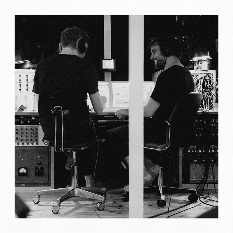 NILS FRAHM AND ÓLAFUR ARNALDS - TRANCE FRENDZ (ERASED TAPES, 2016)