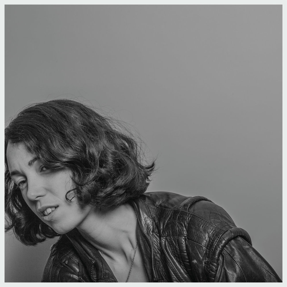KELLY LEE OWENS - KELLY LEE OWENS (SMALLTOWN SUPERSTAR, 2017)