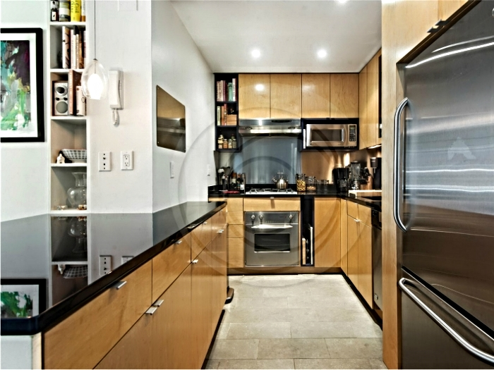 Extreme efficiency kitchen in a lower west side NYC apartment