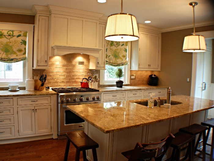 Serene kitchen in Briarcliff Manor, NY
