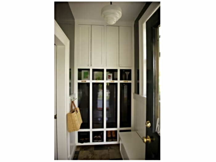 A beautiful lacquered mudroom