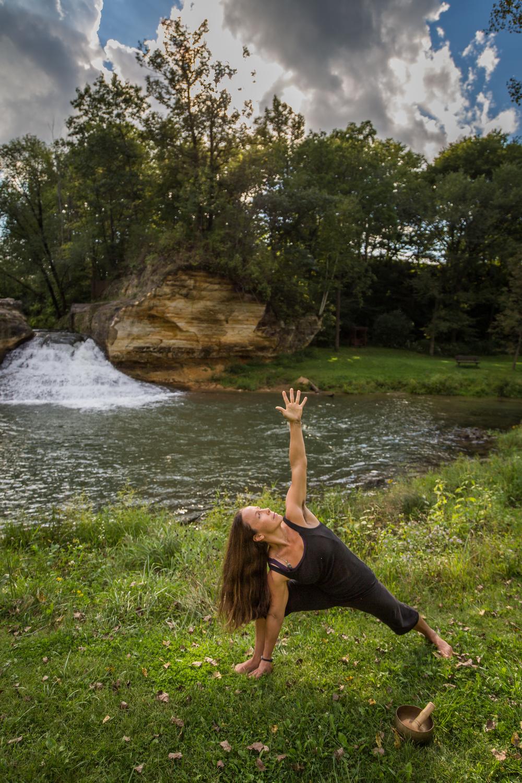 amanda yoga sept 2015-13.jpg