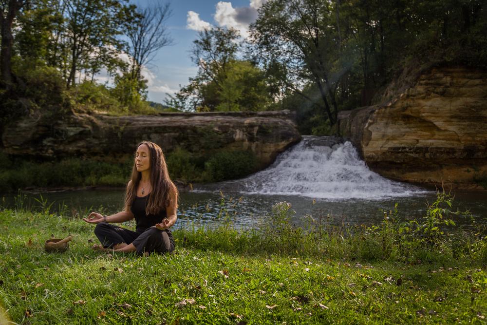 amanda yoga sept 2015-11.jpg