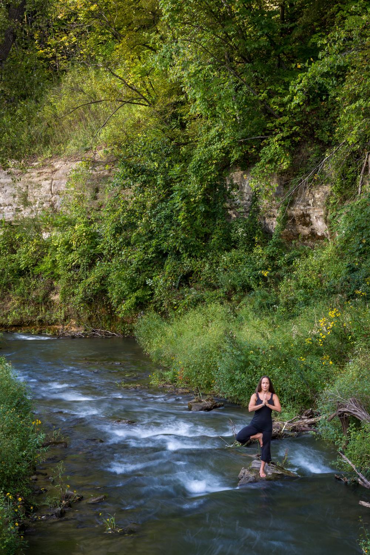 amanda yoga sept 2015-15.jpg