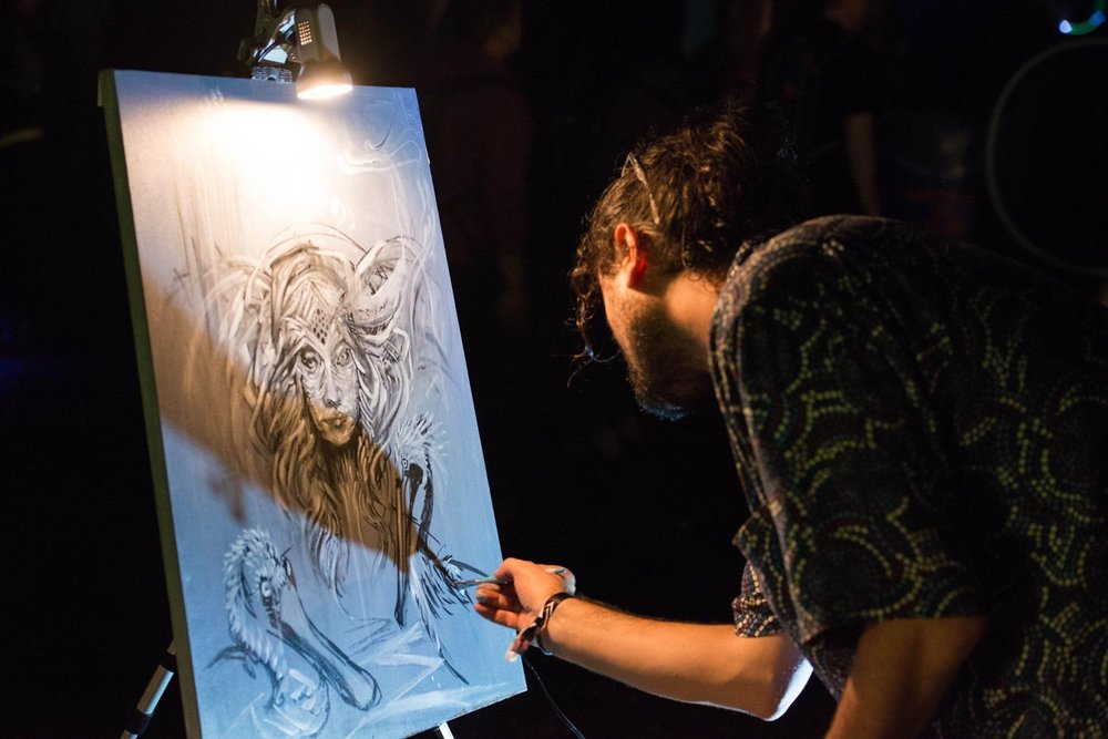 John Bertolone live painting at Tipper and Friends