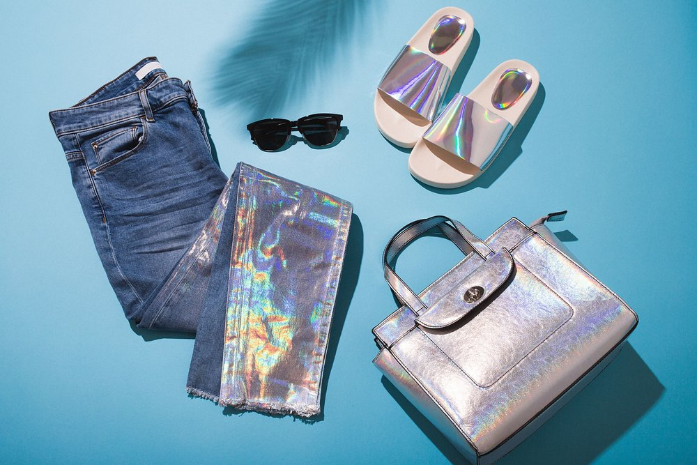hologram summer 2017 commercial photographer flat lay shooping overhead-min.jpg