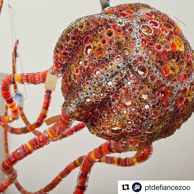 "#Repost @ptdefiancezoo  Congrats Bemis resident Kait Rhoads!!! ・・・ It took many hands to create ""Salish Nettles,"" Kait Rhoads' sculpture of three giant glass jellyfish. The gorgeous glass jellyfish will hang in the new Pacific Seas Aquarium's high atrium. It is one of four artworks commissioned for the aquarium through Metro Parks Tacoma's Public Art program. The result is a piece of beauty. See the stunning sculpture inside the Pacific Seas Aquarium, opening September 7. . . . . #pdza #glassart #kaitrhoads #sculpture #aquarium #pacificseas #tacoma #seanettle #pnwartist #pnw #art #jellyfish #glassofig #artist #aquariumart #zooart #bemisarts"