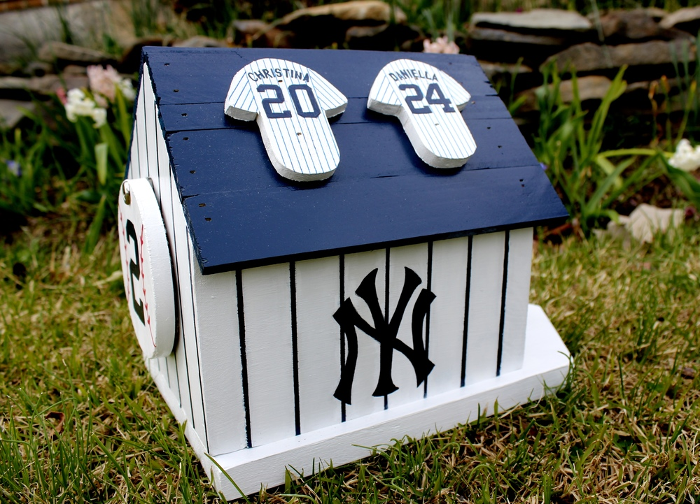 Yankees House (with jerseys)