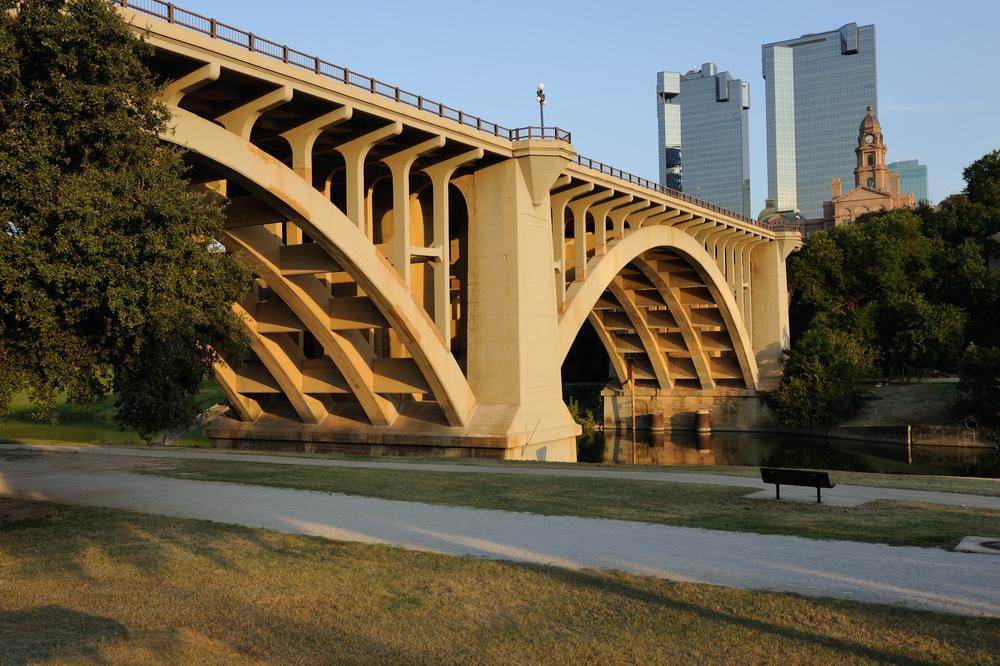 0011Paddock_Viaduct_W_Fort_Worth_Texas.jpg