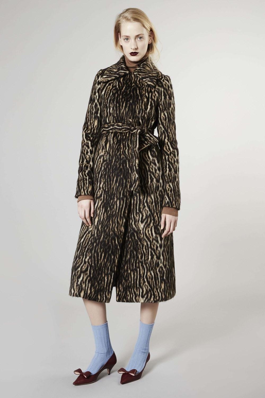 Rochas Leopard.jpg