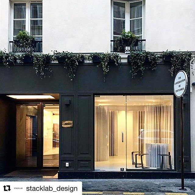 #Repost @stacklab_design ・・・ We are in Paris installing Bezier Concertina with the ultra- talented @amandalewkee. This flat- pack paper system is designed to display garments and accessories. It is optimized digitally for site, use, weight and set-up time. On Thursday, Amanda will launch her new clothing line @alynement at the @amastanparis #paris #popup #fashion #design #paper #Canadianfashion #architecture #canadiandesign #garrison