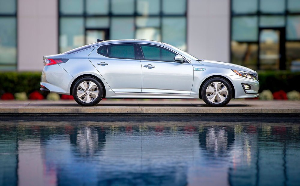 2014 Kia Optima Hybrid (source: kia.com)