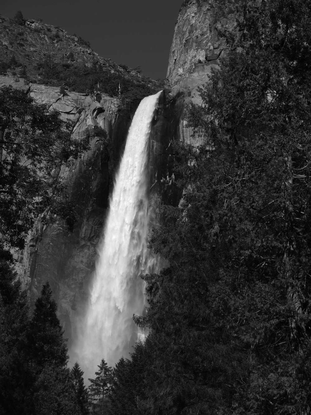Bridalveil Fall.