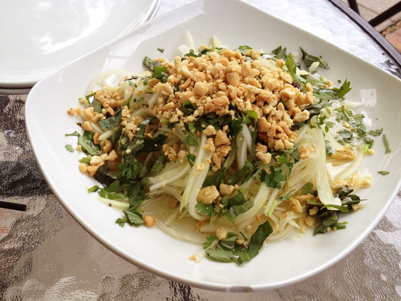 Bac - Green Papaya Salad