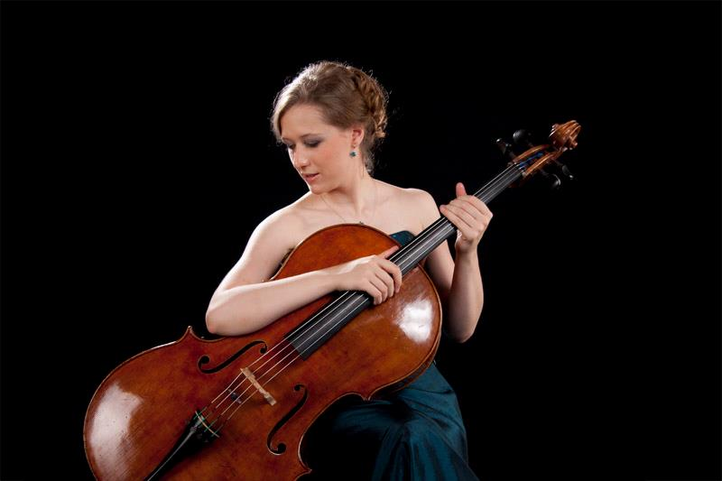 IldikóSzabó violoncelle