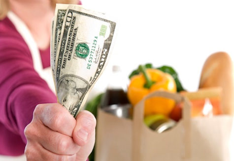Grocery-shopping-on-a-budget