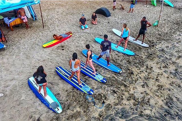 Wish I was back in Sayulita helping with some Surf Lessons 🏄🏿 #surf #mexico #sayulita #syb #ocean #fitness