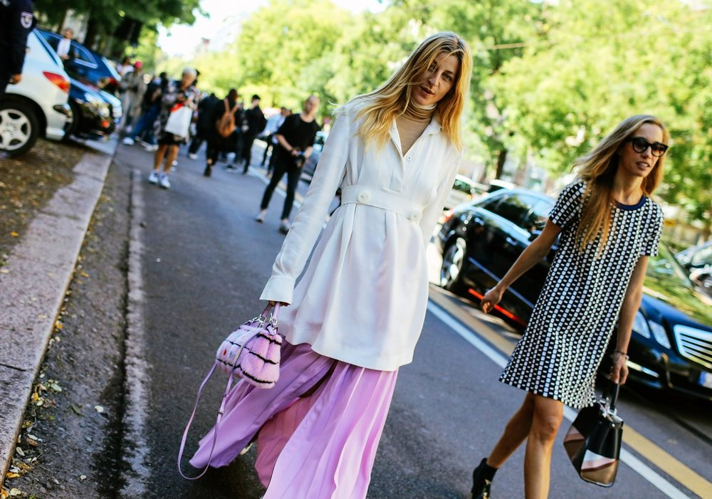 TRENDING NOW ! The Extra - Long Sleeve Trend Is Back...For Real!