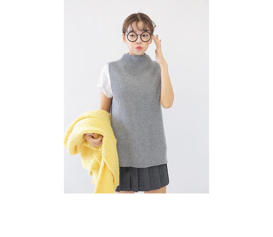 style nanda sweater.jpg