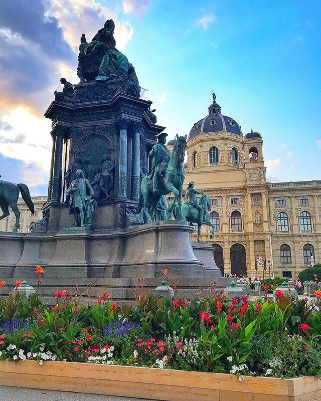 K srsly , should i just move to vienna ❤️? Y/N  #vienna #austria #summer2017