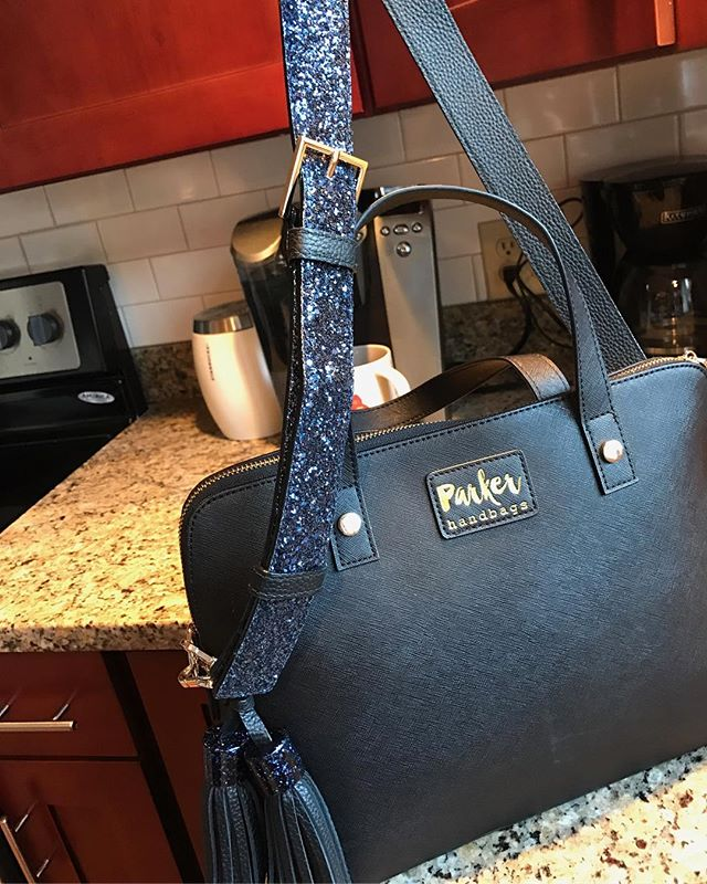 @boilershark jazzed up her #parkerhandbag with a Kate Spade ♠️ sparkle strap and matching tassel 😍 so puuurdyyy! Finally new pictures up on the site, check out www.parkerhandbags.com to see lifestyle images by @kylesford 👜🔫