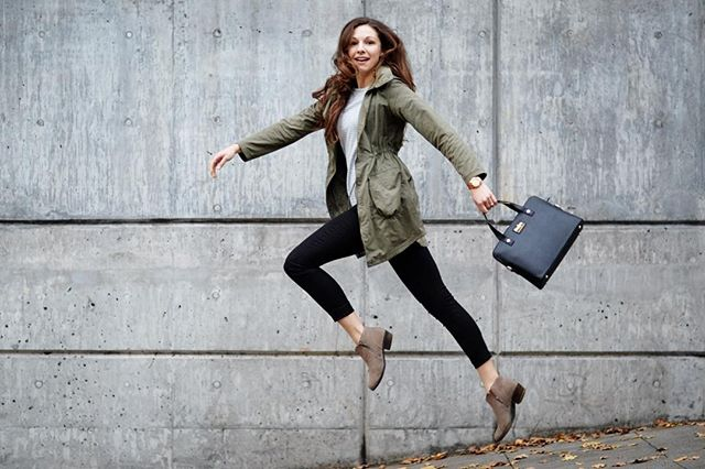 Cyber Monday sale! Through today save 25% on swanky conceal carry gear on Amazon using claim code QQMWODNJ #parkerhandbags #girlswhocarry #safetyfirst #holidayshopping #somethingpretty https://www.amazon.com/dp/B01KG8S4VW