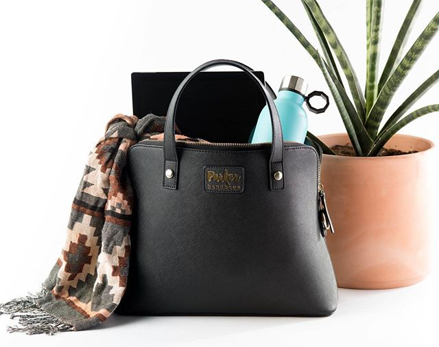 Asking for a friend (literally 😅😂) is anyone going to be at Shot Show next week and want to be friends 🙃?? In other news Parker Handbags has been working through the first iteration handbag and finally looking at expanding to new styles and colors in the near future. I cannot wait to share more updates!  #parkerhandbags #safetyfirst #girlswhocarry