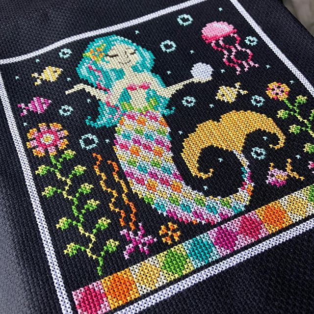 Rainbow Mermaid is a colourful stitch for the winter blues. This is a PDF pattern and can be found on my website, link in bio! . . . #crossstitch #pointdecroix #crossstitching #xstitch #shannonchristinedesigns #shannonwasilieff #crossstitchpattern #crossstitchdesign #crossstitchpdf #crossstitchdesigner #craftpattern #needlework #needleart #crossstitchmodel