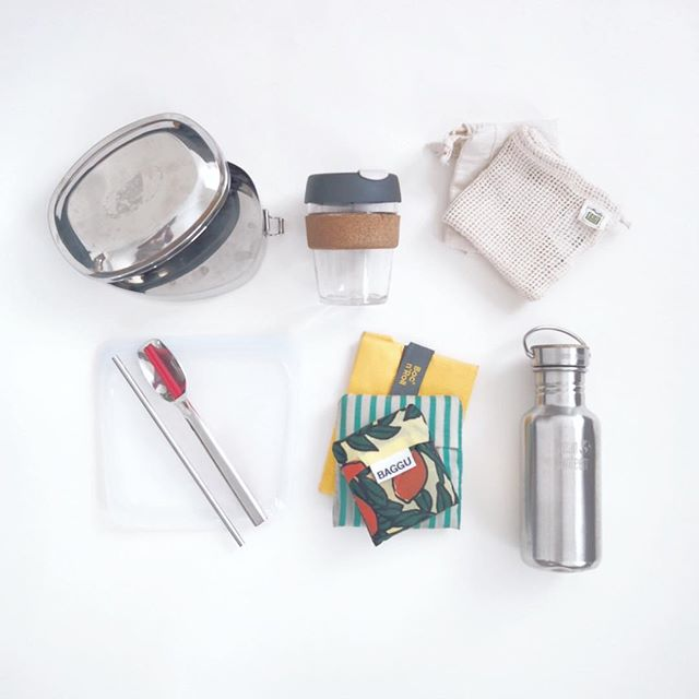 We've been putting all our #byo to use on this trip! Once it's a habit, you can literally take it everywhere you go 🌎🚀 #zerowastetravel // / / / / / #ethicalliving #gogreen #走塑 #zerowastehk #zerowastetoronto #zerowastesg #lowimpactliving #passionpassport #travelbag #sustainableliving #環保 #ethicalinfluencernetwork #discoverunder5k #liveyourvalues #littlegreensteps #stainlesssteel