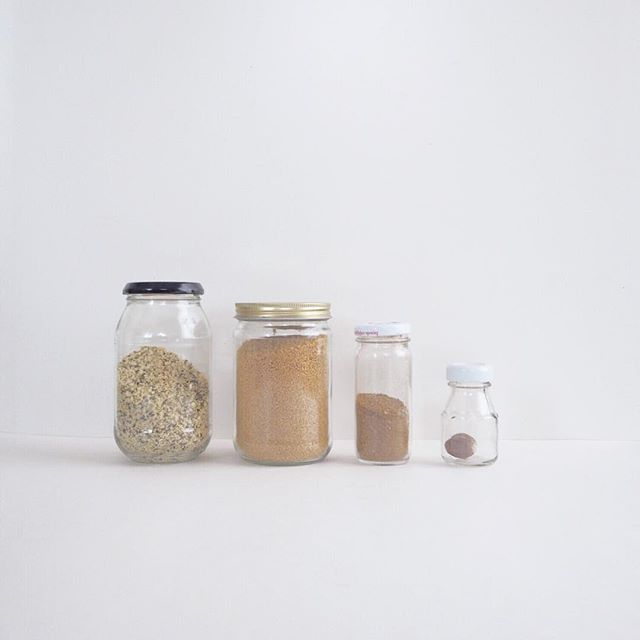 Bring your jars, bring your produce bags. Stock up for typhoon 🌪 not forgetting to shop #lowwaste TBH tho, we have been camping out at my parents' for a week. Can't wait to get back into our #zerowastehome routine with or without weather complication ⚡️🌧🌊 / / / / / #zerowastehk #zerowastesg #zerowastecollective #noplanetb #goingzerowaste #zerowastegoals #littlegreensteps #ethicalinfluencernetwork #discoverunder1k #liveyourvalues #byo #greenlifestyle #noplastic #hkblogger #greencommon #liveconsciously #走塑 #環保