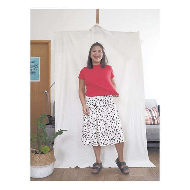 How's this look for first impression? 😎 first ethical number I ever purchased, from @peopletreeuk , on my first day at my new job✌🏻 / / / / /  #fashrev #slowfashion #curatedwardrobe #organiccotton #ethicalconsumption  #liveyourvalues #mindfullymade #liveconsciously #discoverunder1k #ethicalbrands #whomademyclothes #ethicalinfluencernetwork  #hkblogger #minimalistfashion #votewithyourdollar #capsulewardrobe