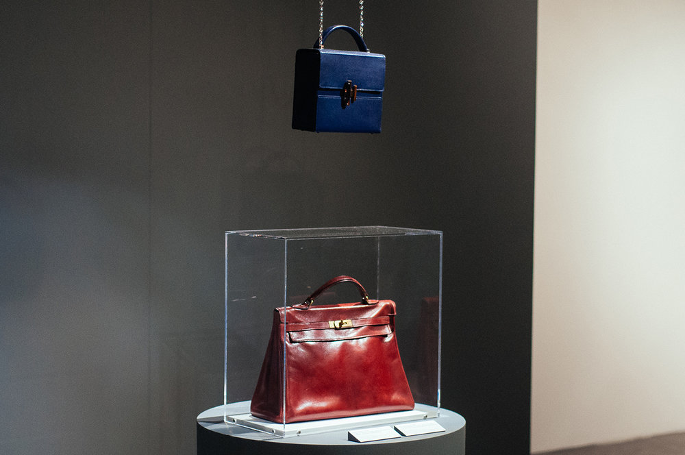 Above: 'Cinhétic' bag in Villandry calfskin and palladium finishing.  Below: 'Kelly' bag in calfskin from 1930.